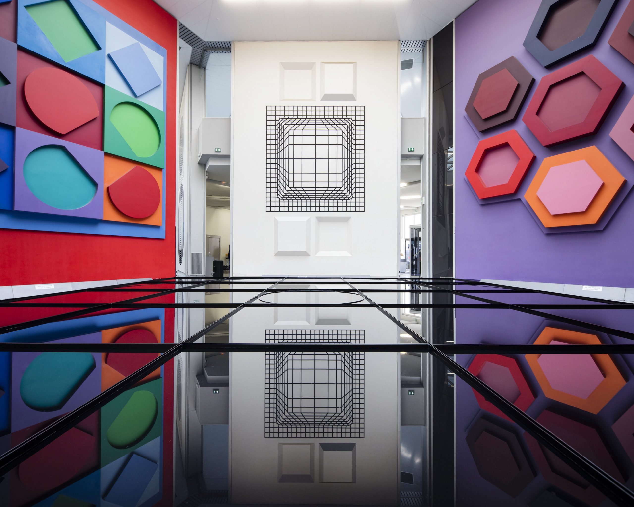 https://www.fondationvasarely.org/wp-content/uploads/2021/05/6-scaled.jpg